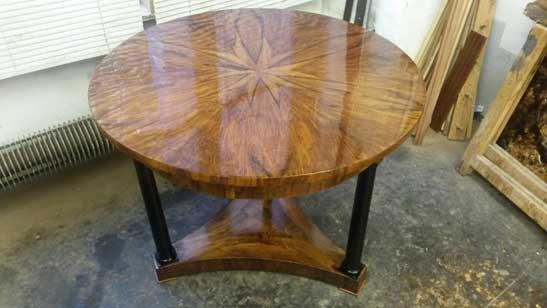 Biedermeier Schreibtisch aus 1820 restauriert