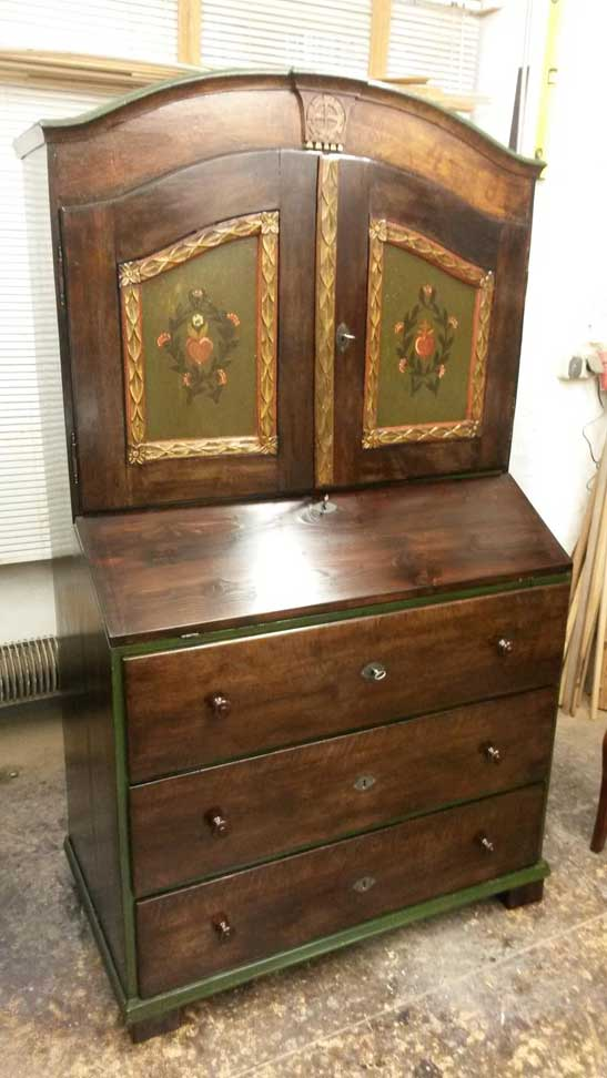 Sekretär aus 1900 restauriert